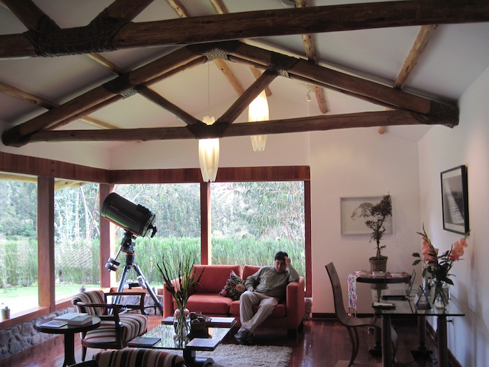 lounge IMG_3871 small