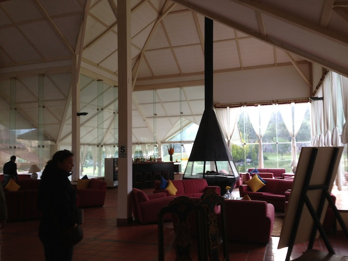 lounge 166 small