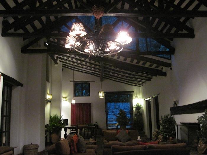 lounge IMG_3907 small