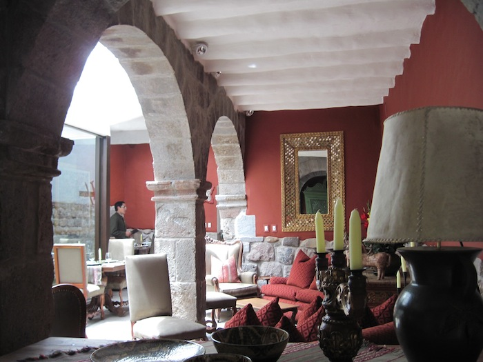 lounge IMG_4109 small